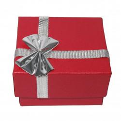 Футляры и коробочки для ювелирных изделий