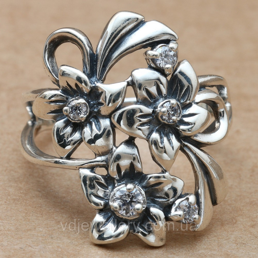 Серебряное кольцо 67КЮ