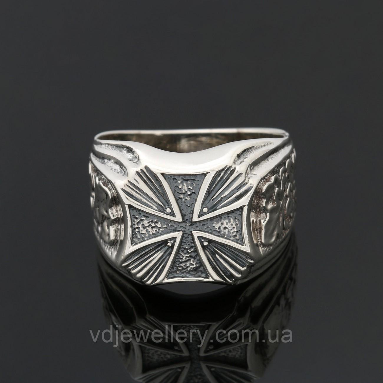 Мужское серебряное кольцо 2100010