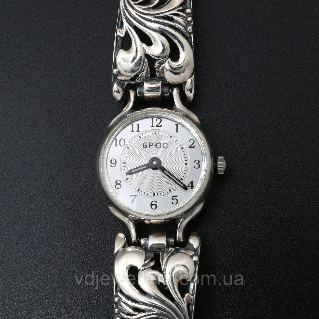 Женские серебряные часы 0532