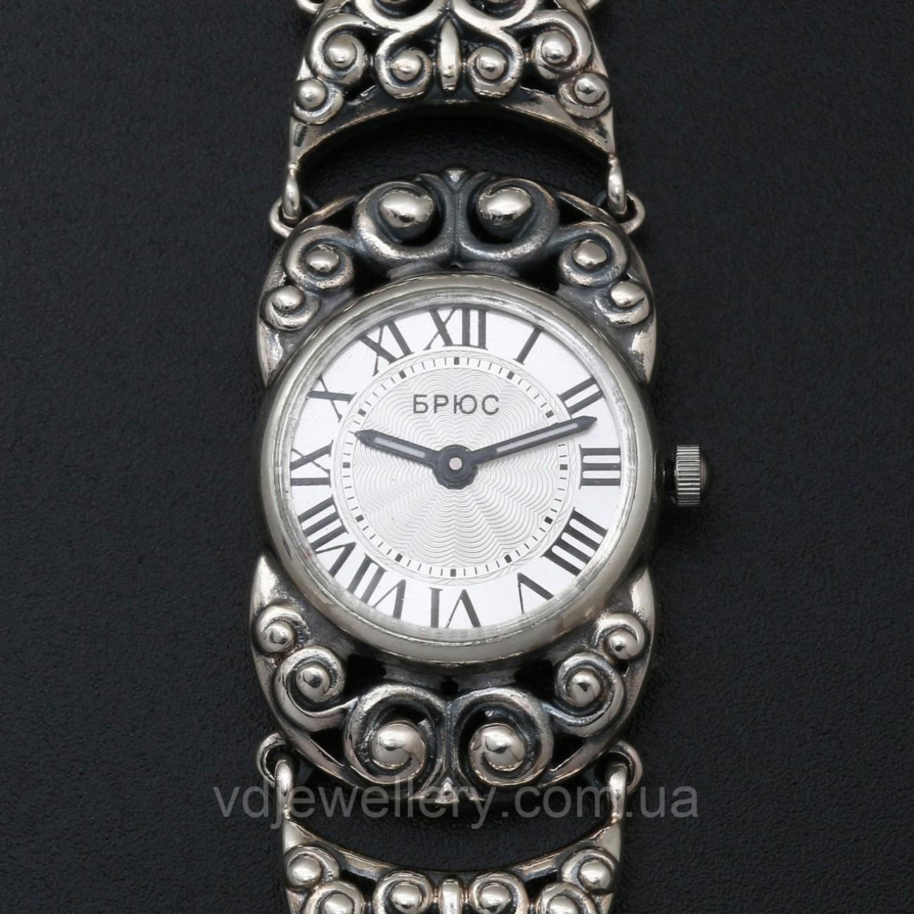 Женские серебряные часы 0525